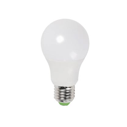 Лампа светодиодная Космос 6W E27